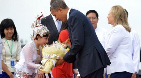 US President makes historic trip to Myanmar