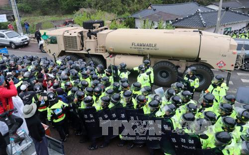US delivers THAAD parts to deployment site in South Korea