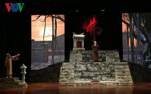 นมตหมายวฒนธรรมป 2016: การเปดโรงละครใหญฮานอย hinh 1