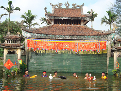 Preservation of Rach village's water puppetry