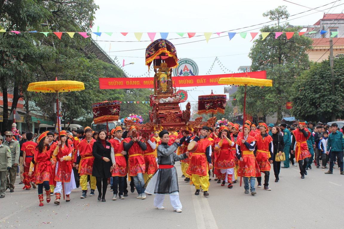 весенние фестивали на севере страны hinh 1