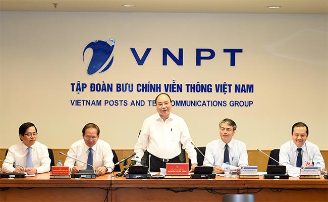 нгуен суан фук: vnpt должна стать одним из лидеров на вьетнамском коммуникационном рынке hinh 0