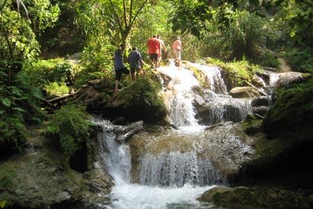 национальныи парк бабе – интересное место в провинции баккан hinh 2