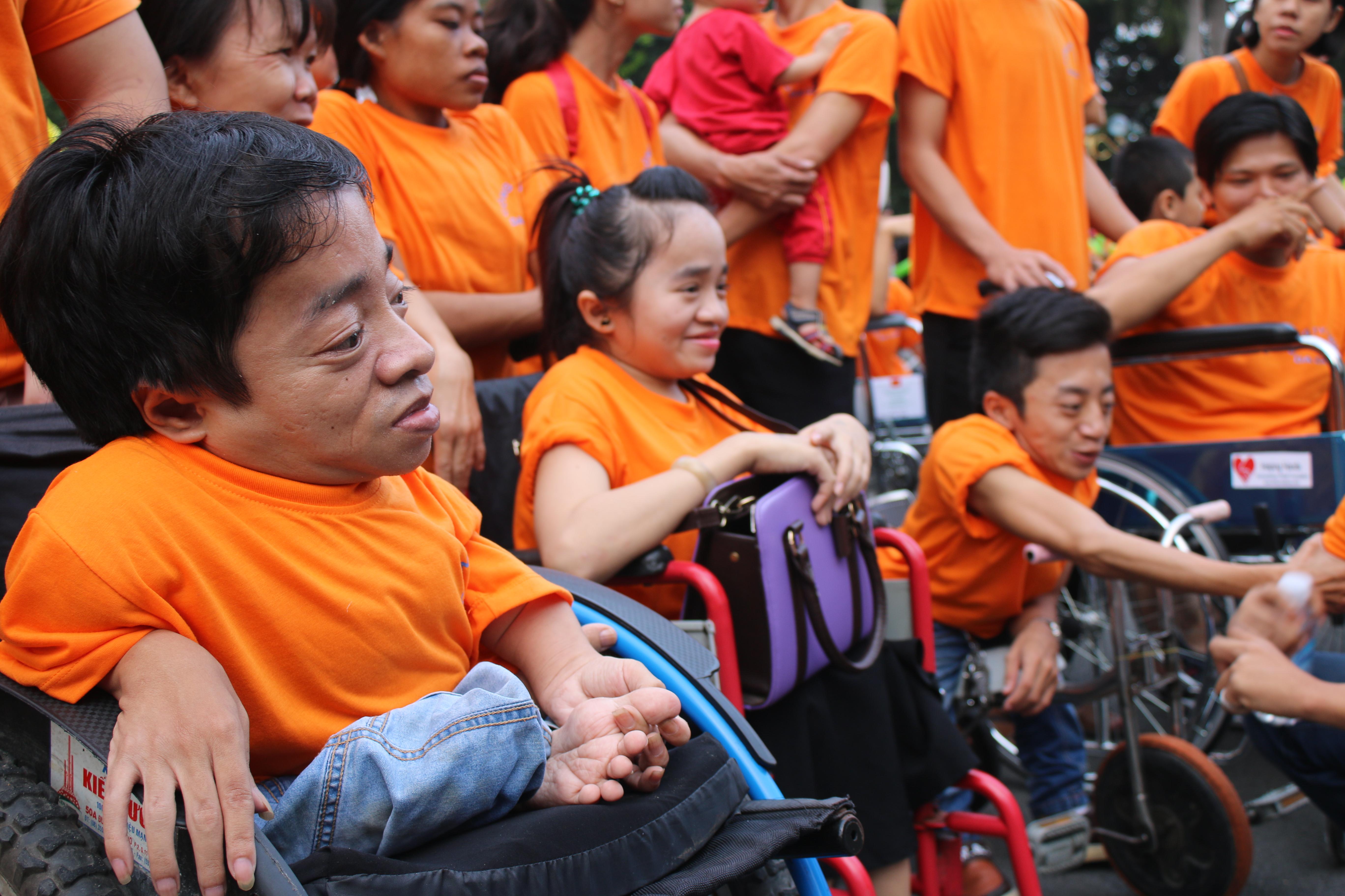 данг тхи нгок тхинь приняла делегацию общества пострадавших от диоксина hinh 0