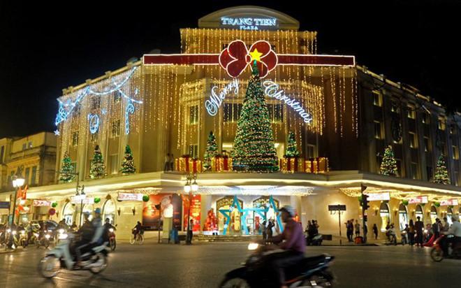 บรรยากาศฉลองเทศกาลครสตมาสในกรงฮานอย hinh 11
