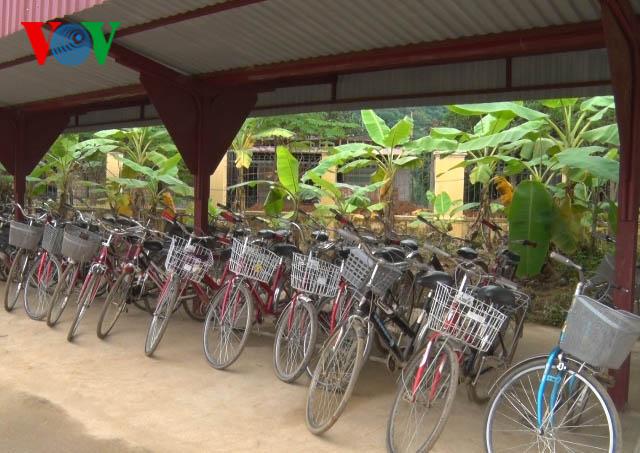 โครงการใหยมจกรยาน การจดประกายความฝนของนกเรยนยากจน hinh 0