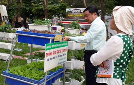 в хошимине проходит 5-я ярмарка аграрных технологии и пищевои промышленности  hinh 0
