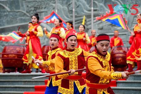 праздник на холме донгда – воспроизведение борьбы против иноземных захватчиков hinh 13