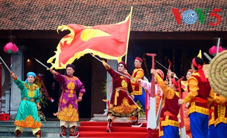 праздник на холме донгда – воспроизведение борьбы против иноземных захватчиков hinh 15