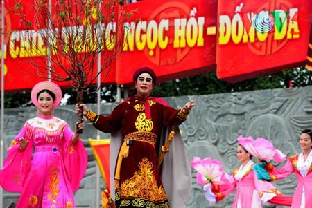 праздник на холме донгда – воспроизведение борьбы против иноземных захватчиков hinh 16