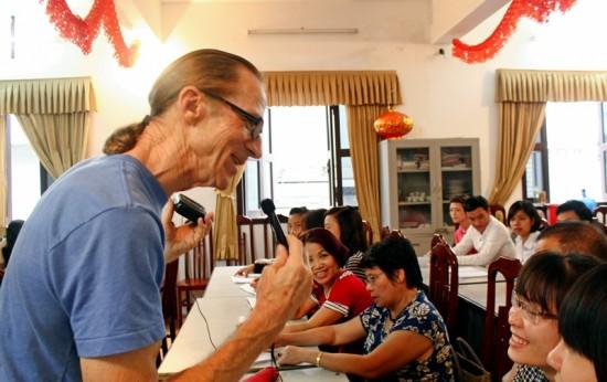 US war veteran opens free English classes in Hanoi Saturday Report