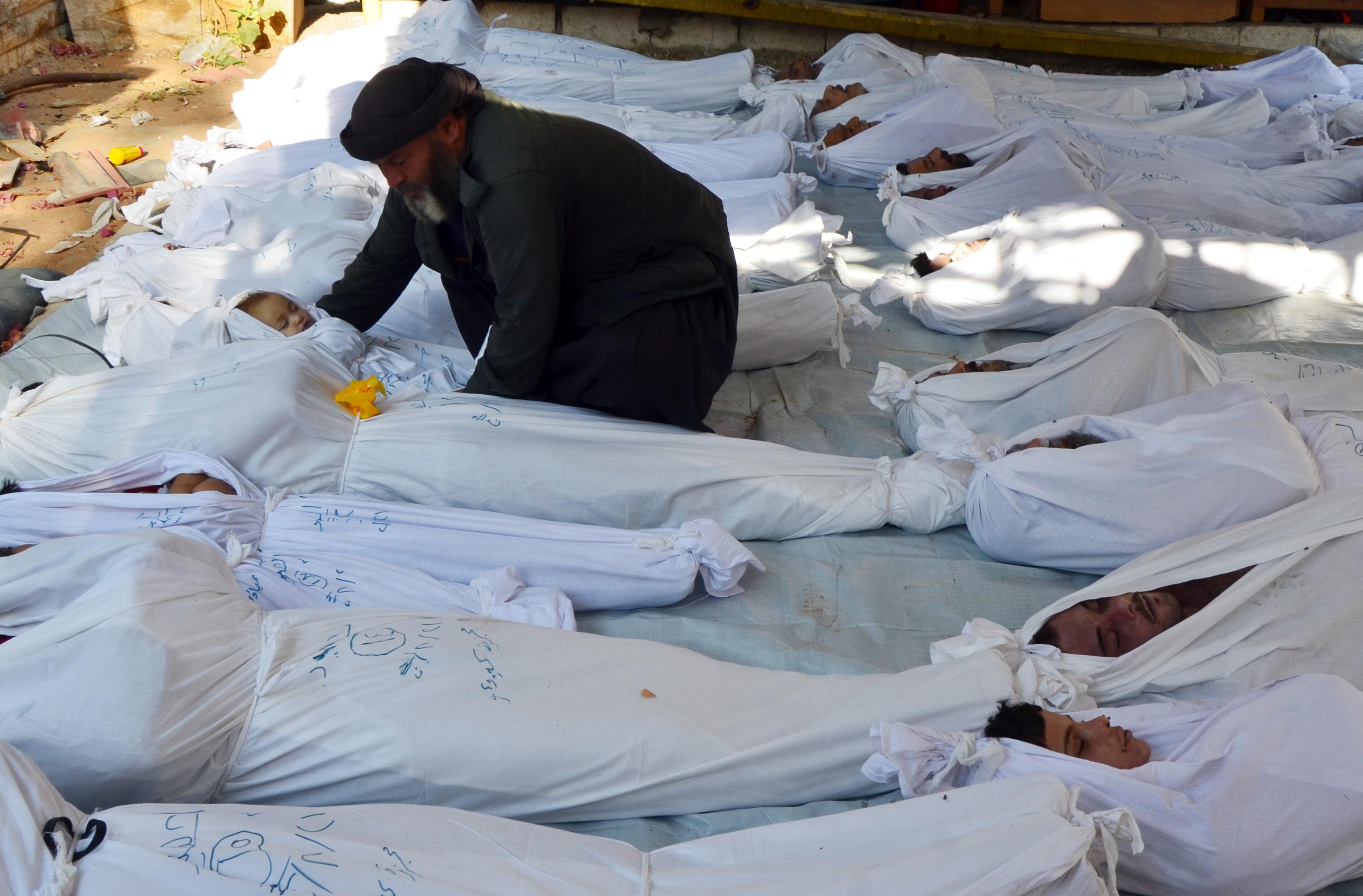 West plans strike on Syria