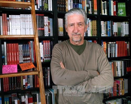 Farewell to Tom Hayden – anti-Vietnam-war activist