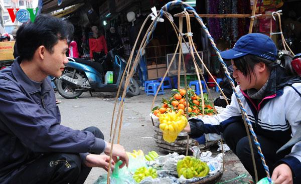 la ofrenda de frutas en los dias del tet vietnamita  hinh 5