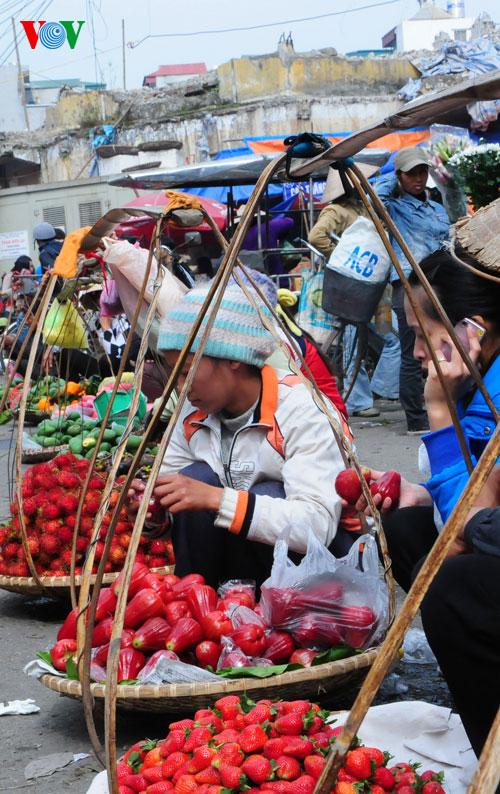 la ofrenda de frutas en los dias del tet vietnamita  hinh 6