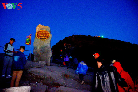 yen tu – morgendammerung an einem bedeutenden ort des buddhismus hinh 2
