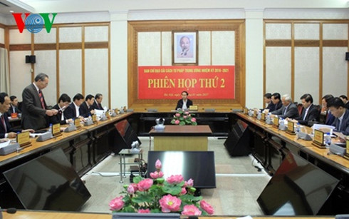 staatsprasident tran dai quang leitet sitzung zur justizreform hinh 0