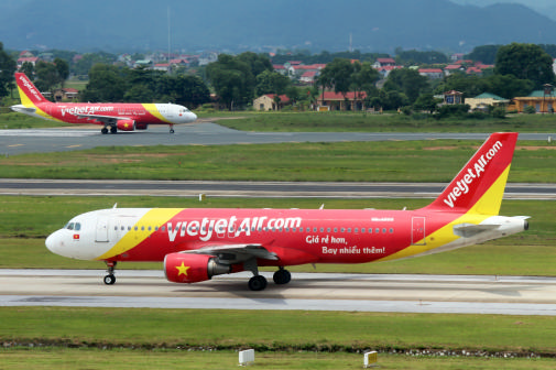 More new air routes linking Vietnam and the world