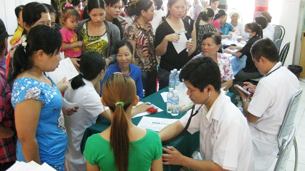 HCM city improves human resources of medical sector Society