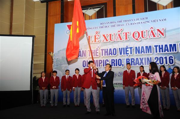 делегация вьетнамских спортсменов отправилась в бразилию для участия в летних олимпииских играх 2016 hinh 0