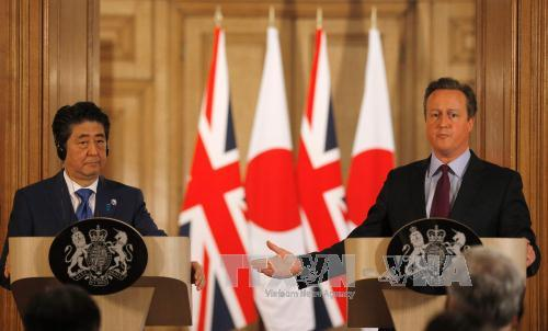 Japanese PM Shinzo Abe says quitting the EU would make the UK less attractive to Japanese investors