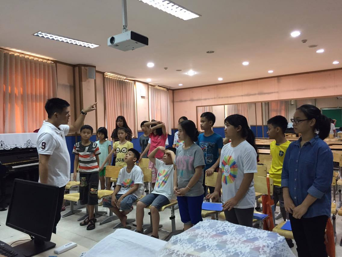 the hanoi miracle choir and orchestra: when music changes life hinh 0