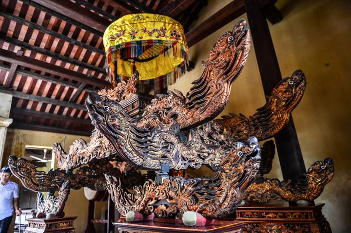 посещение храма нге, где поклоняются женщине-генералу ле тян hinh 6
