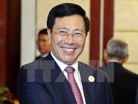необходимо продолжать повышать эффективность всестороннего сотрудничества вьетнама и камбоджи hinh 0