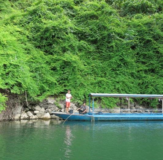 la beaute du lac de ba be hinh 3