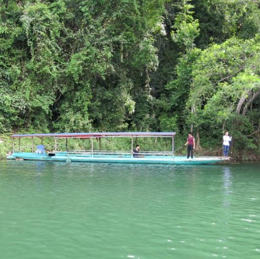la beaute du lac de ba be hinh 4