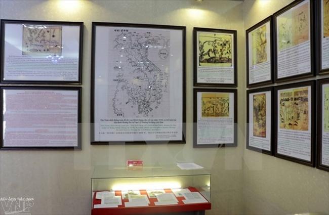 в провинции хоабинь прошла выставка, посвященная островам хоангша и чыонгша  hinh 0