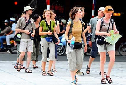 электронная виза будет предоставляться  иностранцам, въезжающим во вьетнам с 1 февраля hinh 0