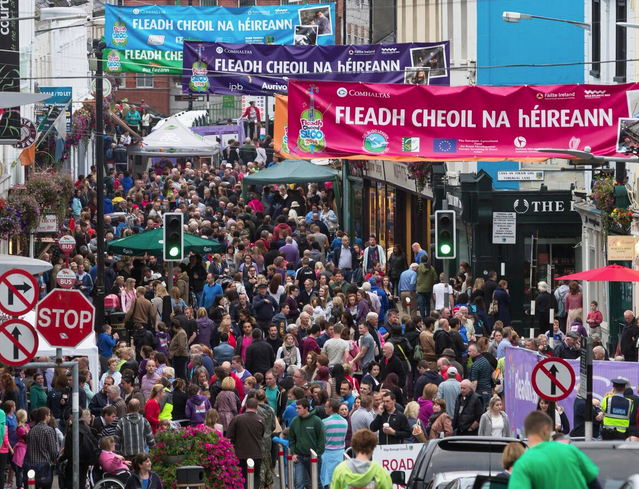 fleadh cheoil na heireann– the biggest festival of music in ireland hinh 0