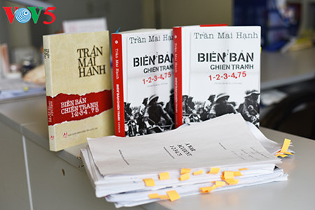 """journalist tran mai hanh und der weg zum erfolg des buchs """"a war account""""  hinh 7"""