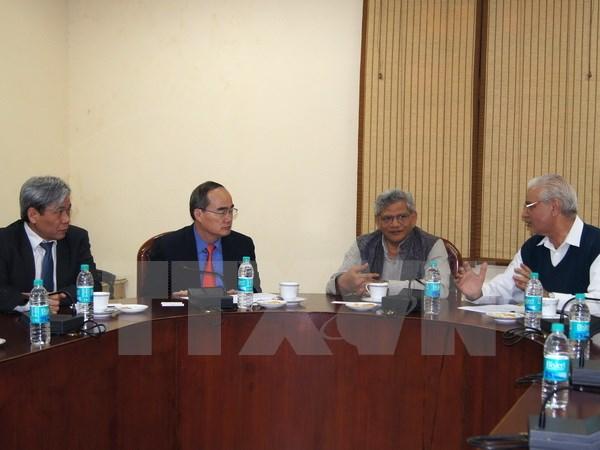 Vietnam tightens relationship with India's Communist Parties