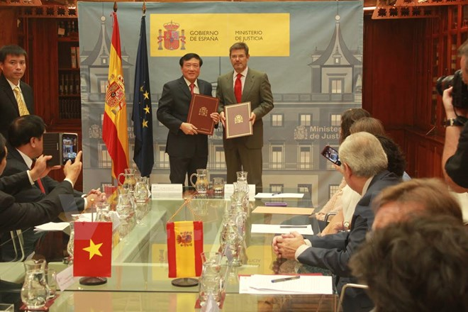 vietnam, spain sign criminal judicial assistance agreement hinh 0