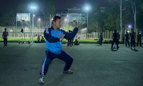 Exceptional will of a visually impaired martial arts master