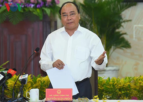 PM Nguyen Xuan Phuc: Dong Thap needs stronger economic restructuring