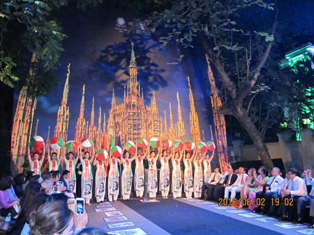 """Angels of Italy"" night, a blend of Vietnamese, Italian culture"