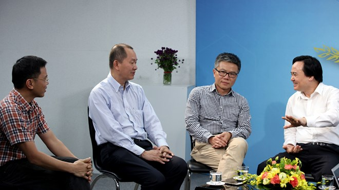 Attracting overseas Vietnamese's contributions to their home country
