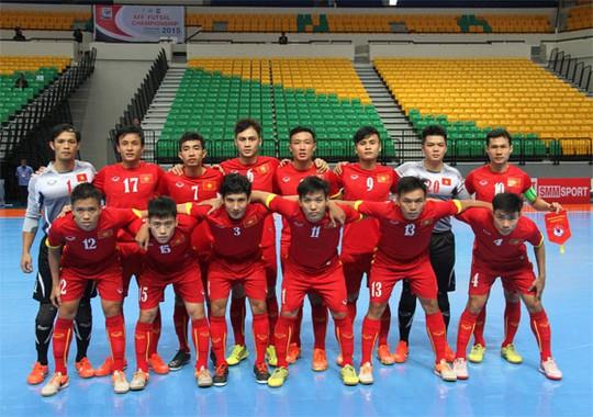 Vietnam's Futsal squad wins 1st match at FIFA World Cup 2016