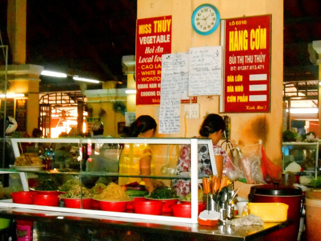discovering hoi an food paradise market hinh 2