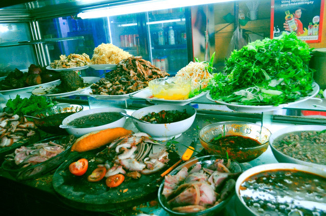 discovering hoi an food paradise market hinh 5