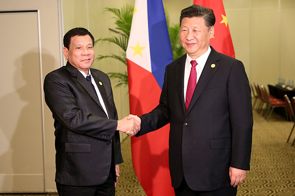 Philippines: President said to follow an independent foreign policy