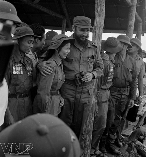 cuba's revolutionary legend fidel castro in vietnam during american war hinh 4