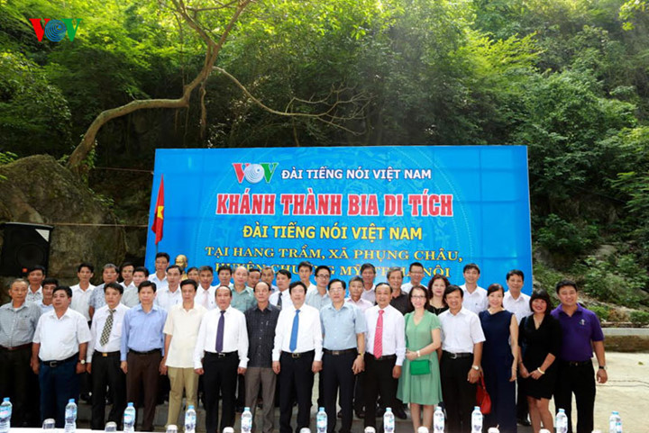 pilgrimage to tram pagoda, where president ho chi minh read 1947 new year poem on vov hinh 2