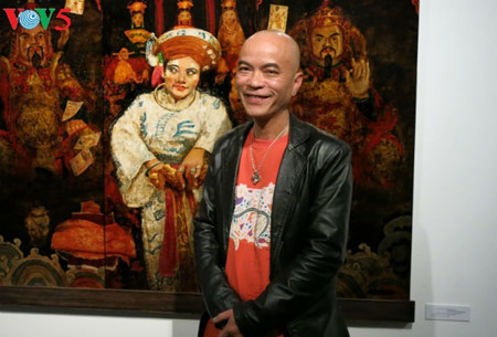 """going into a trance"" ritual depicted in tran tuan long's lacquer paintings  hinh 15"
