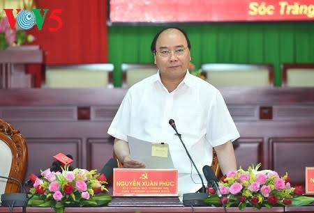 PM Nguyen Xuan Phuc attended the 25th anniversary of Soc Trang province re-establishment ceremony