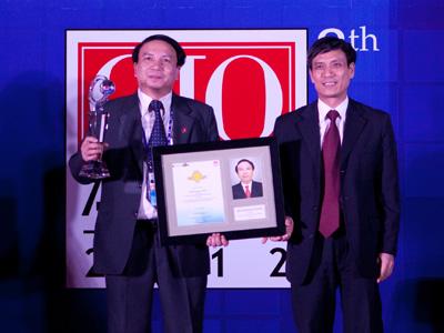penghargaan pemimpin teknologi informasi asean tahun 2012 hinh 2