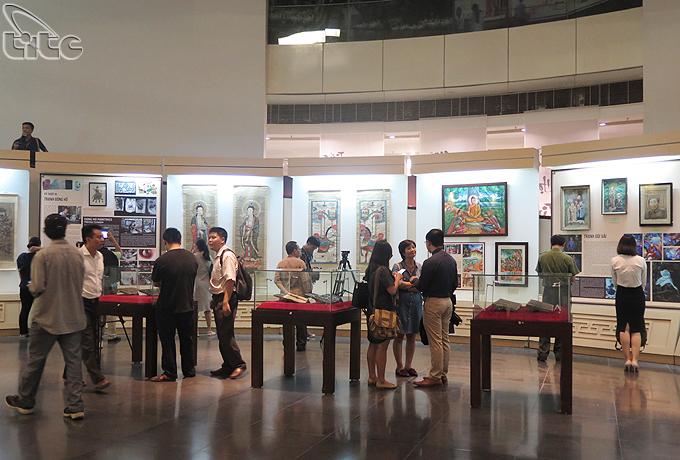 twelve typical vietnamese folk paintings exhibit in ha noi hinh 0